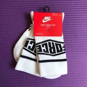 One Pair Nike SNKR SOX Force Crew Sock White Large